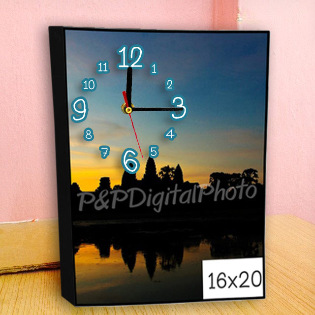 อัดรูปออนไลน์ ล้างรูปราคาถูก ขนาดอัดรูป 16x20 + กรอบลอย + นาฬิกา