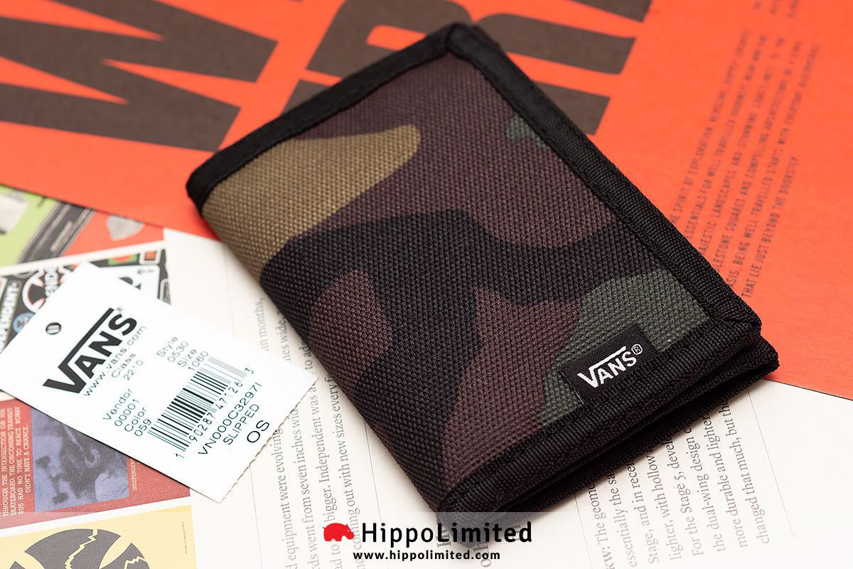 3afd246934246a Vans Slipped Wallet - Classic Camo
