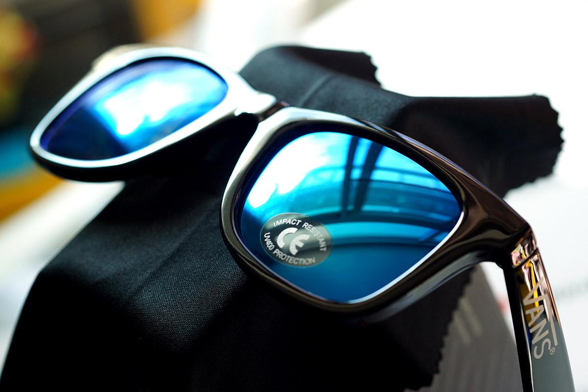 แว่น Vans Janelle Hipster Sunglasses - Black Gradient