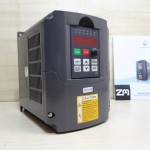VFD Spindle Inverter 220V 2.2kw สำหรับ spindle motor 0.75 - 2.2kW