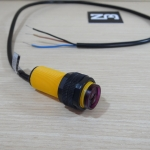 E18-D80NK Infrared Photoelectric Sensor 3-80cm Detection Range Adjust