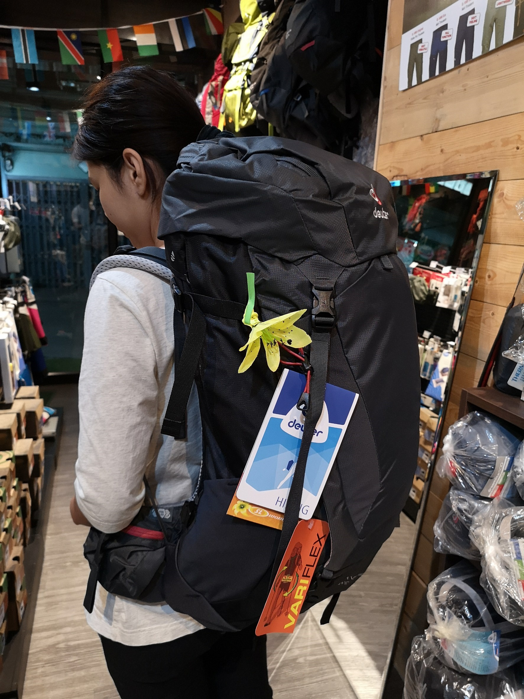 9df6b252d75 DEUTER Futura Vario 45+10 SL Graphite Black - The Puffin House ...